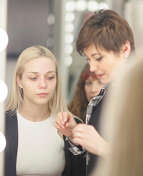 Accademia di Trucco Professionale Roma corsi master corso trucco permanente art make up cinema ciglia sopracciglia masters consulenza immagine Corso Beauty