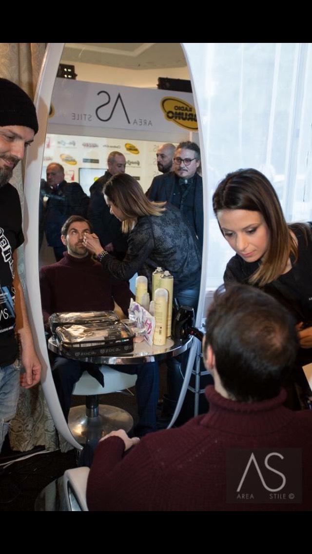 Accademia di Trucco Professionale Roma corsi master corso cinema make up professionale ricostruzione unghie face body painting consulenza di immagine beauty masters 3 Vanja Bizzi per MAC COSMETICS