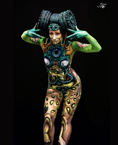 Lucia Postacchini Corsi Regionali Master Airbrush, Master creative makeup, Workshop Body Painting, Accademia di Trucco Professionale Roma 10